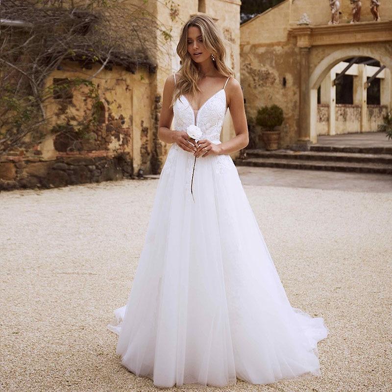 Eightree Bohemian Wedding Dresses Beach 2020 Appliques Lace Spaghetti Strap White Wedding Gowns Romantic Vintage Bride Dresses