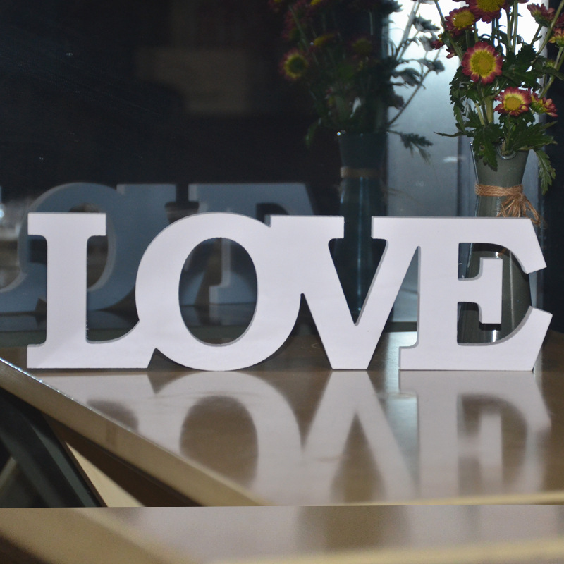 1Pc 31*9.5cm PVC Standing Love Letters Wedding Decoration Fake Wooden Love Sign Valentines Day Party Supplies Event Direction