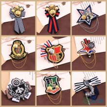 10 pz/lotto Multi designs medaglia Europeo reale gioielli patch pins sui vestiti moda decorazione ricamo patch badge spilla(China)