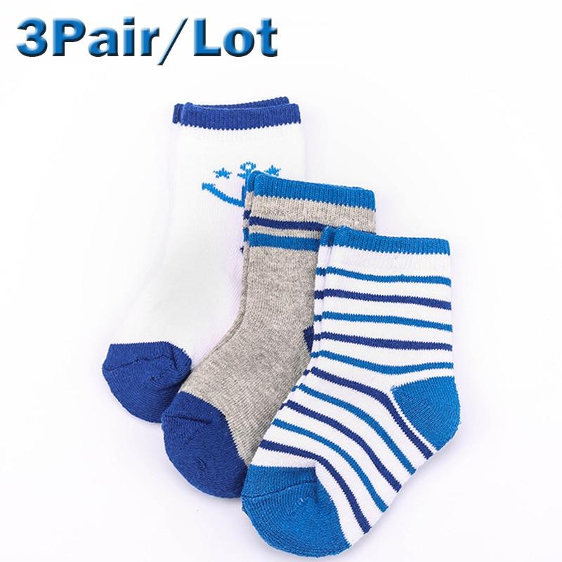 1154f3ed37227 Nouvelle arrivée 3 par bébé enfants chaussettes mignon chat de bande  dessinée antidérapant chaussettes convient 1 - 7 ano bébé garçons filles  chaussettes ...
