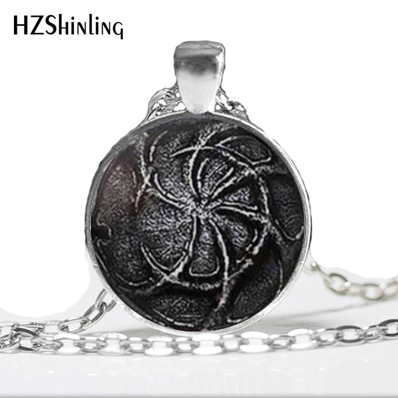 Wholesale Dark Souls Pendant Necklace Dark Souls Jewelry Glass art photo Pendant Necklace A-86-2 HZ1