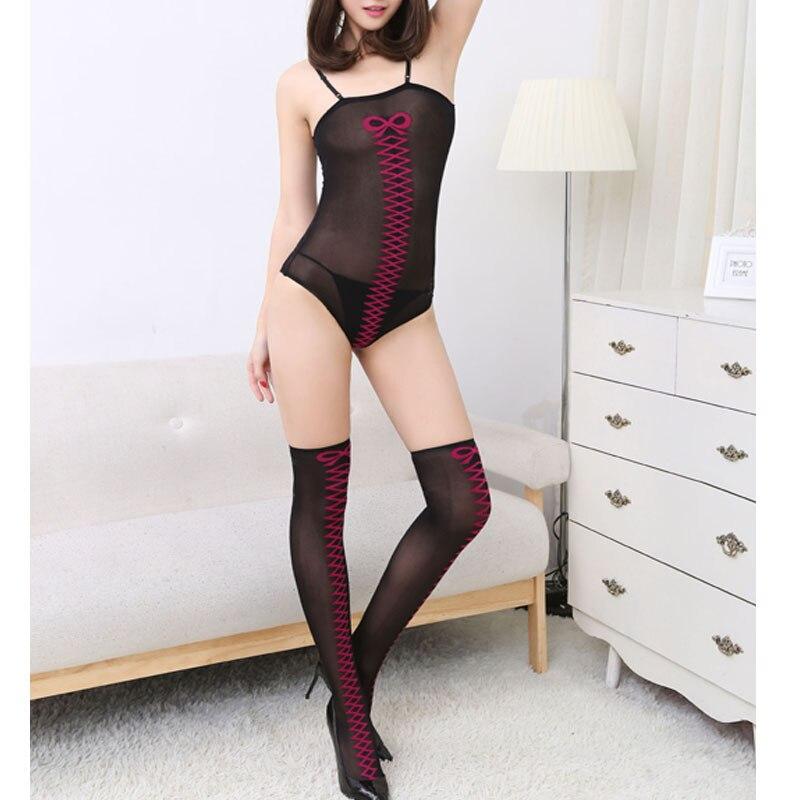 Порно на белом шёлковом постельном белье фото 295-195