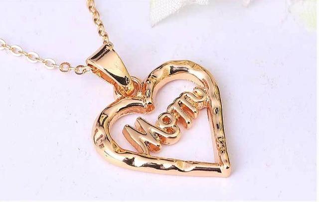 97961e57bdde Regalo del día de madre-estilo del corazón mamá colgante neckchain oro y  plateado Collar