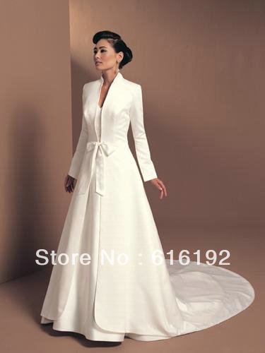 Elegant Muslim Style Wedding Dress Jacket High Collar Satin Fabric Cathedral Train With Long Sleeves Low