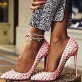 Nova Marca Bombas das Mulheres Saltos Finos Sapatos de Salto Alto Mulher pontas Rebite Toe Sapatos Sexy Escritório & Carreira Sapatos Único C43