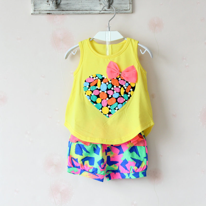 New Girls Clothing Sets Summer Children Fashion Cotton Vest T-shirt and Shorts suit Summer Kids Clothes Sets Costume 2 pieces 2015 summer style girls clothes children clothing set girls clothing sets new family shorts shirt shorts belt ensemble fille