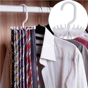 Image 2 - 360 derece dönen uzay tasarrufu kemer raf 1 adet boyun kravat askısı plastik çok fonksiyonlu boyun kravat tutucu 20 kanca