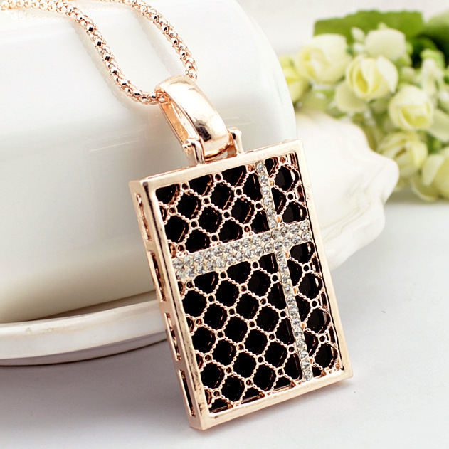 727 Summer New OL Style Personality Square Crystal Long Pendant Necklace For Women N3907