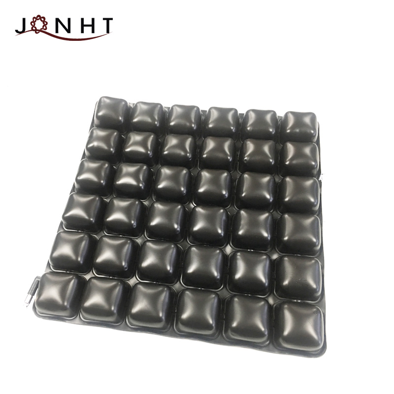 One Layer Air Cell Anti Decubitus Wheelchair Cushion / Easy to carry inflatable seat cushions for the stadium