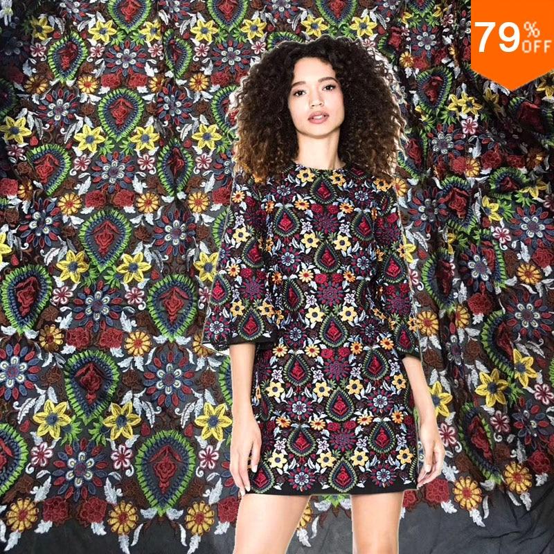 Livraison gratuite 2018 nouveauté broderie dentelle robe couture matériel luxueux trucs pour détail robe tissu pour la semaine de la mode