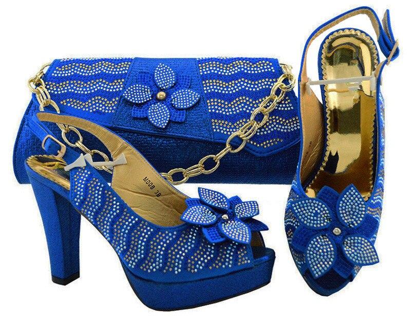 Замечательный Королевский синий цвет обувь с сумочкой комплект украшен цветком и стразами M006 Высота каблука 11 см