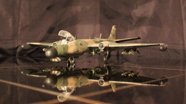1:48 Assemble Military Model A10104 American aircraft B-57B Model 1 400 jinair 777 200er hogan korea kim aircraft model