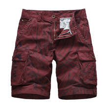 2019 New Summer Multi-pocket Camouflage Mens Shorts Casual Loose Camo Knee-length Mens outdoor Cargo Shorts plaid knee length casual mens shorts