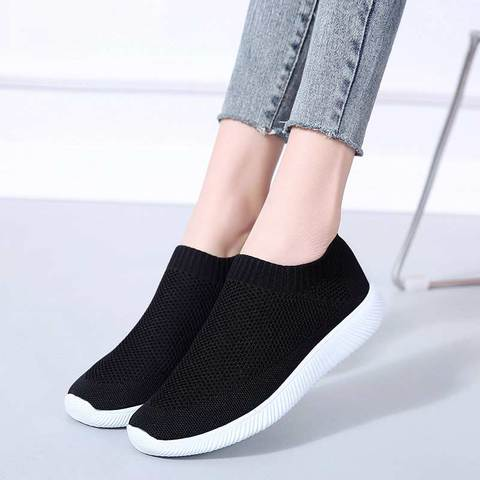 Summer sports shoes women sneakers 2019 new lighted flat with mesh casual shoes woman outdoor slip-on solid running women shoes Lahore