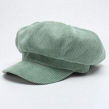 Mujeres Casual Color sólido sombreros militares 2017 Otoño Invierno Vintage  PANA sombrero femenino tapa superior plana 80ab066ce52