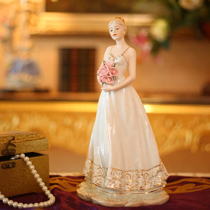 Classical Porcelain Belle Maiden Statuette Ceramic Princess Figurine Gift Craft Ornament for Sitting Room and Bedroom Decoration