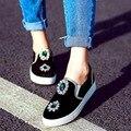 Корейский Стиль Черный Коровьей Замши Круглым Носком Квартиры С Rhinestone 2017 Весной Новый Мода Досуга Синглов Обувь Размер 38 39