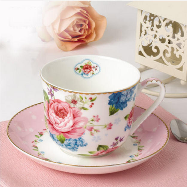 Luxury Gold Plated Large Bone China Coffee Cup And Saucer Set Breakfast Gift
