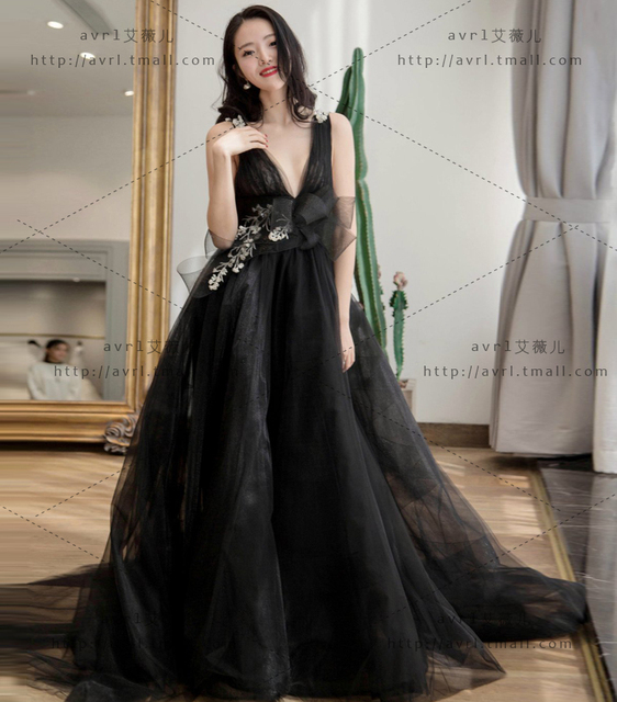 Elegant Deep V Neck Applique Lace Black Wedding Dresses Tulle ...