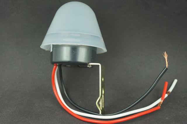 Adjustable Sensitive Automatic Auto On Off Photocell Street Light Switch  Photo Control Photoswitch Sensor DC AC