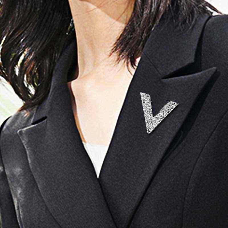 Fashion Temperamen V Huruf Bros Penuh Berlian Imitasi Mewah Wanita Pin Gaun Pesta Wanita Bros