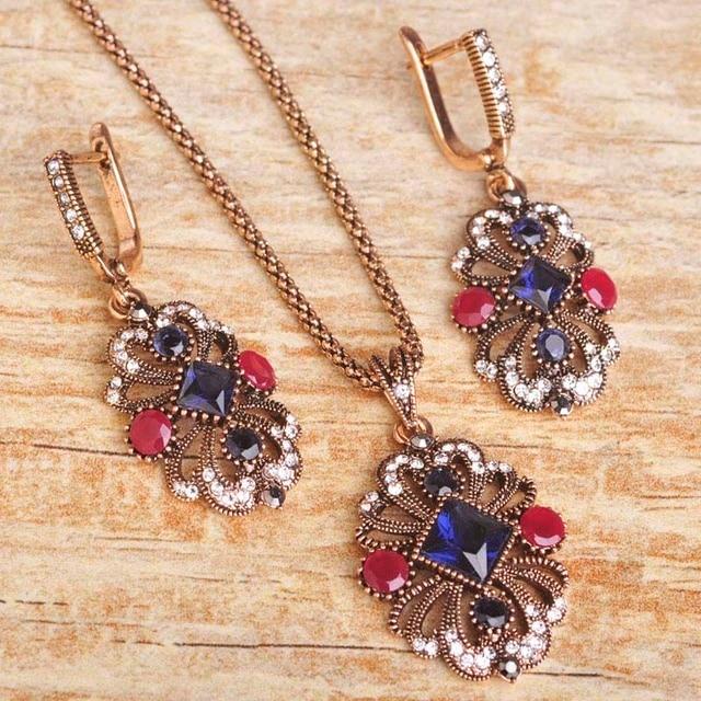 Blucome Turkish Necklace...
