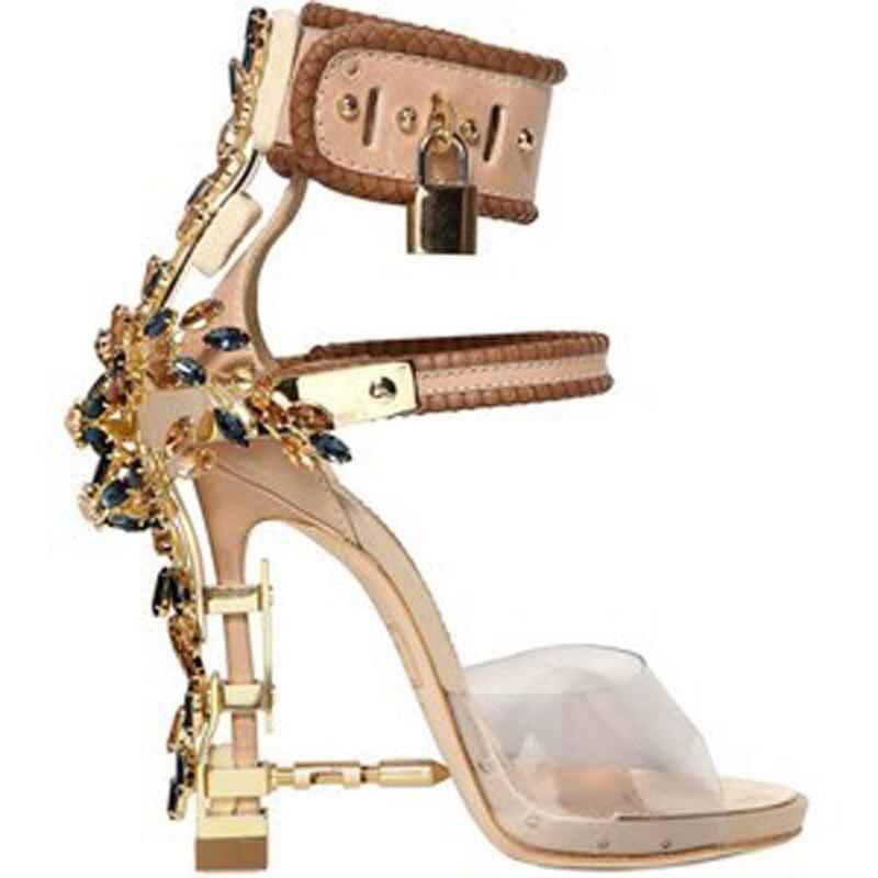 Lujo magnífico cristal adornado Sandalias noble candado extraño talón del  abrigo del tobillo Zapatos verano gladiador Bombas 80c4dd499023
