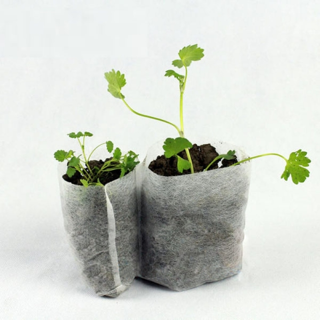 100 Pcs Disposable Nursery Pots Seedling Non Woven Garden Supplies Planting Bag Degradable Fabric Bags
