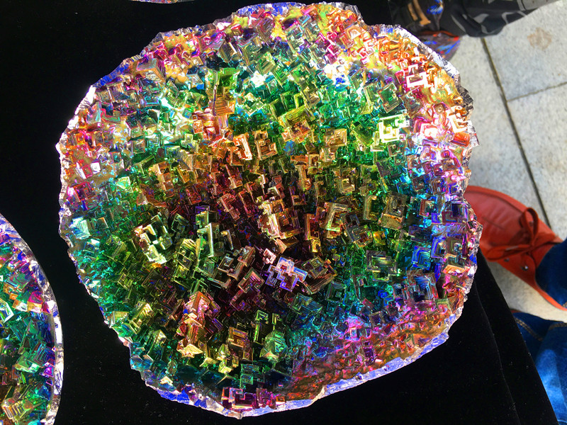 Лучший! образцы драгоценных камней из натурального кварцевого кристалла висмута. Падение доставка