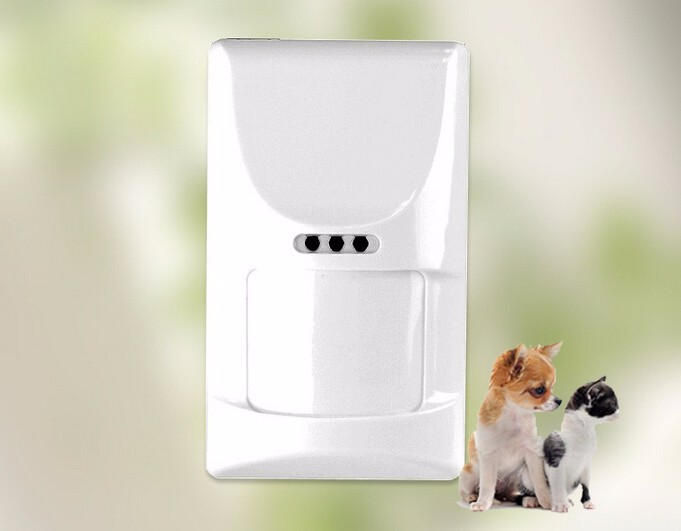 Hot Selling Wireless Pet-friendly two-way PIR Motion Detector Pet immune movement sensor alarm hot selling wireless two way keypad with lcd back light usb port to charge