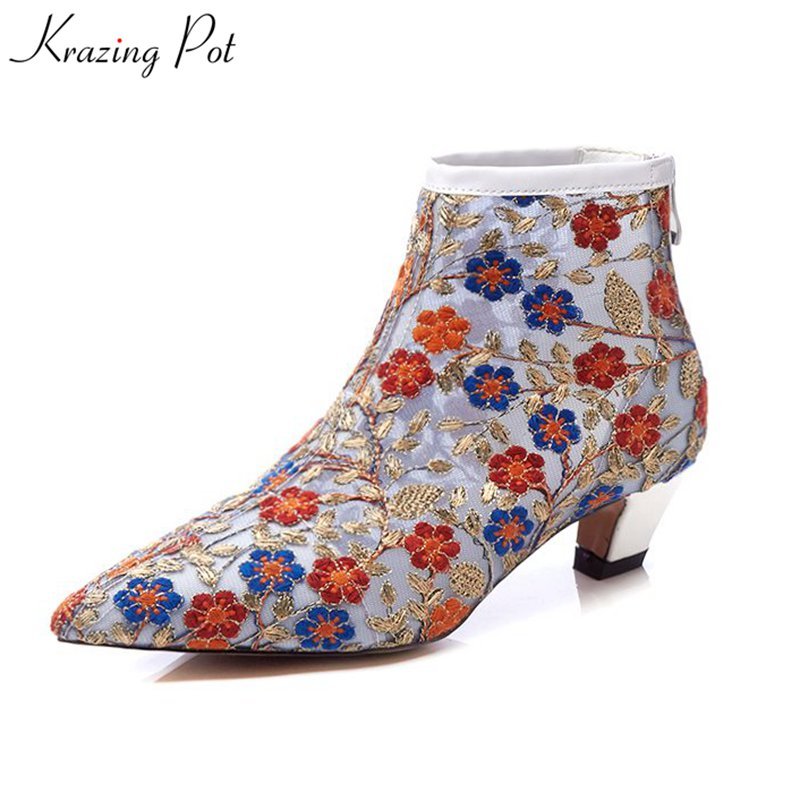все цены на Krazing Pot 2018 air mesh zip European style ankle strap women boots embroider flowers med heels pointed toe summer boots L81 онлайн
