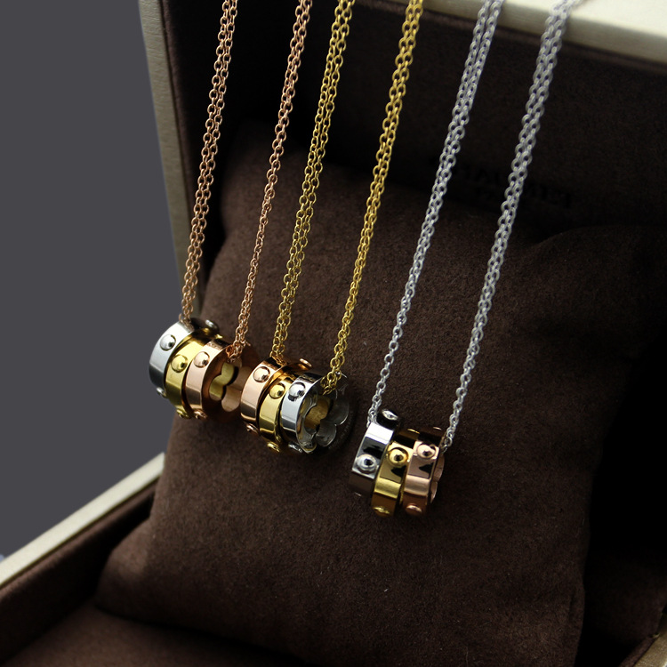 V letter dichroic three dimensional hollowed out flower bump necklace for ladies tricolor tri necklace for women