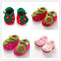 2016 manual wool knitting baby toddler shoes/fashionable lovely 0 -18 months baby strawberry shoes/free shipping