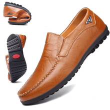 Genuine Leather Mens Moccasin Shoes Black Men Flats Breathable Casual Italian Loafers Comfortable Plus Size 39-44 Driving Shoes