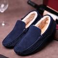 Zapatos de los hombres de Moda Suede Slip On Punta Redonda Suela de Goma Caliente Mocasines de piel de Los Hombres Planos Ocasionales Zapatos de Marca Zapatos de Invierno Zapatos Hombre