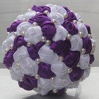 Yeni Ucuz Romantik Mor Beyaz Renk İnciler Boncuklu Gelin Düğün Buket Basit Nedime Dikiş Düğün Çiçekleri W322-1
