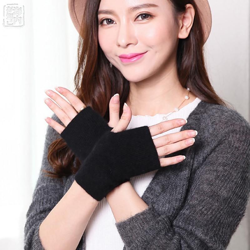 2019 Mink Cashmere Autumn Winter Gloves Half Finger Warm Wool Wrist Sleeves Have Finger Hole Exposed Finger Korean Female Lovely