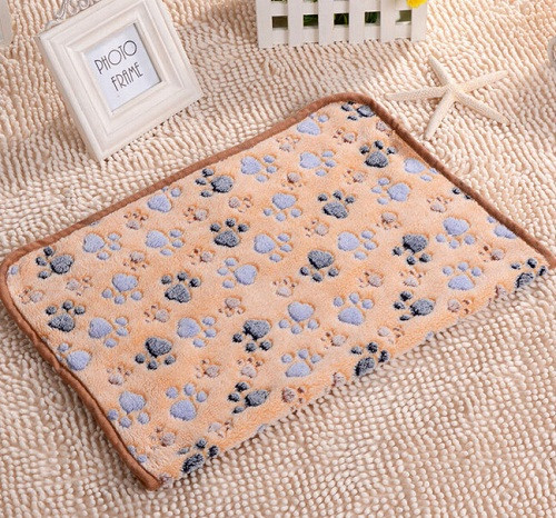 2016-New-40-x-60cm-Cute-Floral-Pet-Sleep-Warm-Paw-Print-Dog-Cat-Puppy-Fleece (8)