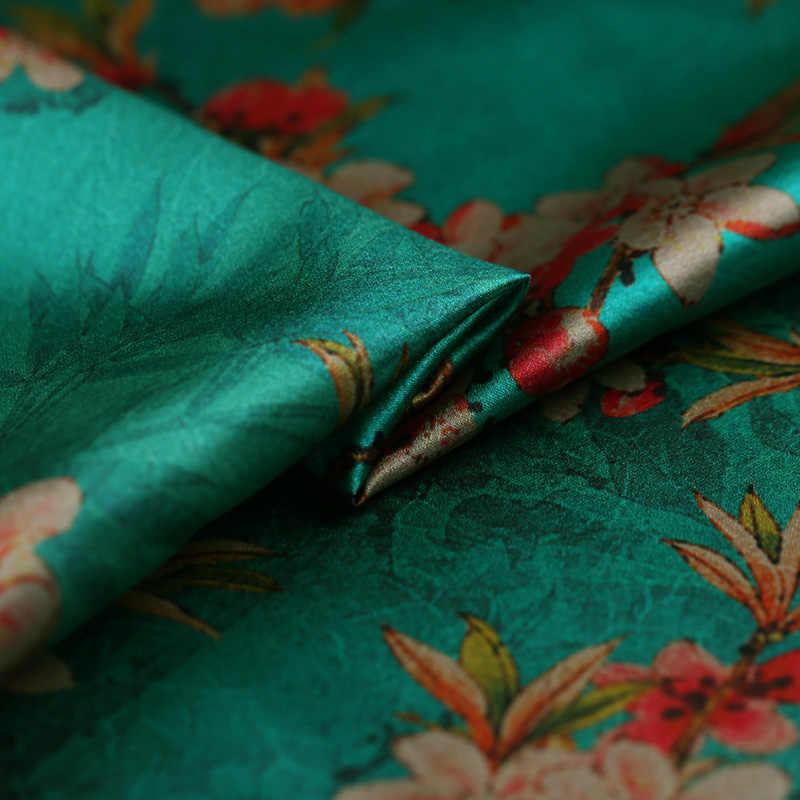 قماش قطني مطبوع بألوان أحمر من Magpie play مصنوع من قماش الكتان الناعم المطرز بألوان زاهية ومرصع بقطع قماش من قماش كانتون لصنع الملابس اللامعة ذاتية الصنع