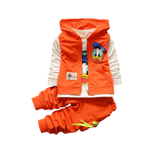 2017 New Autumn children boys girls clothing sets baby kids cartoon coat jacket T shirt pants Donald Duck clothes set 1.5-5yrs