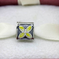 PS043 hot sale original Gold Petals charms and Bead fits European Bracelet beautiful jewelry trend jewellery