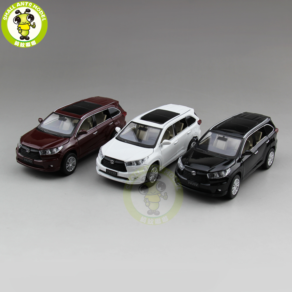 1/32 Toyota Highlander 2015 Diecast Metal Model CAR Toys for kids children Sound Lighting Pull Back gifts collection hobby