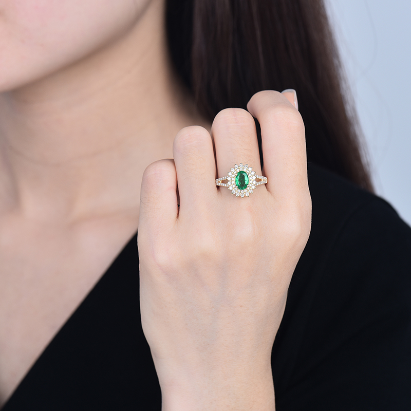 Women Emerald Rings Solid 18k Yellow Gold Natural Oval Emerald Gemstone Si Diamonds For Female Engagement Gift Ring Inoava Com