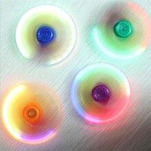 ที่มีสีสันสามใบบริษัทโกลว์Ledนิ้วgyroมือปั่นABSอยู่ไม่สุขปินเนอร์EDC spinerต่อต้านความเครียดนิ้วของเล่นปั่นเข็มขัดสวิทช์