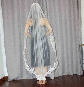 Image 3 - 1.4 Meters One Layer Lace Edge Short Wedding Veil With Comb New Wedding Accessories White Ivory Bridal Veil Voile De Mariee