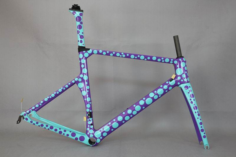 Wholsale Carbon Bike Frame ,  Custom Paint Frame . No Tax Carbon Frame . Aero Road Frame