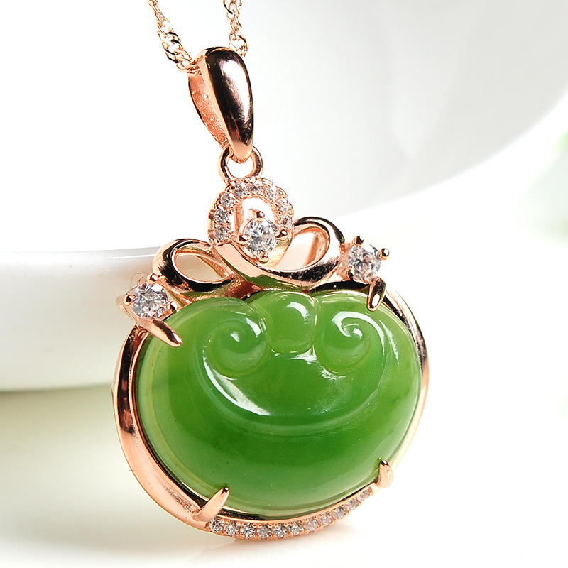 Natural Green Hetian Jades RUYI Pendant Carved  Pendants Women or  Men's Amulet Nephrite Jades Jewelry