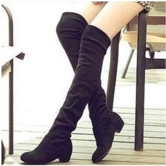 Nouveau 2018 Femmes De Mode Extensible Over the Genou Plat Long Hiver Bottes  En Daim Solide Femmes Chaussures En Peluche Femme bottes dans Bottes hautes  de