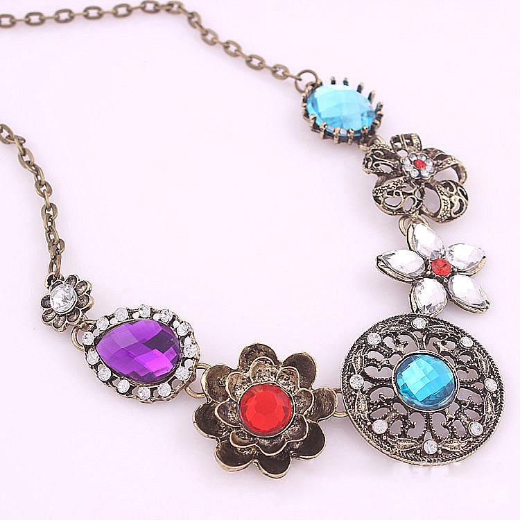 Retro Vintage New Style Gorgeous Austria Green Stone Crystal ...