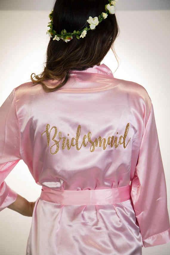 כותרת מותאמת אישית חתונה צבע רווקות כלה שושבינה סאטן גלימות פיג 'מת קימונו עוזרת של כבוד שמלות מתנות מפלגת טובה